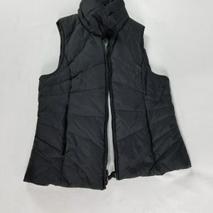 Kenneth Cole Reaction Fitted vest.